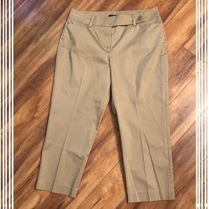 Ann Taylor Curvy Capri Khakis Size 12